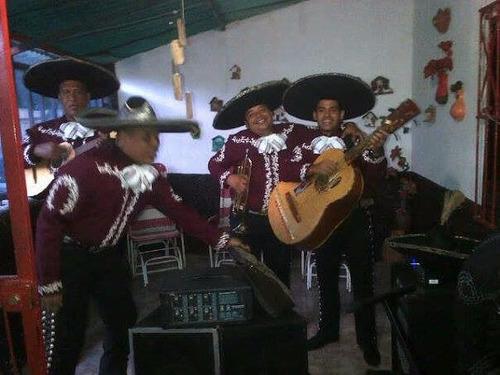 mariachi maracay 04243593977