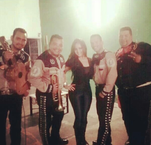 mariachi maracay juarez show lo mejor!!!telf:04145887908