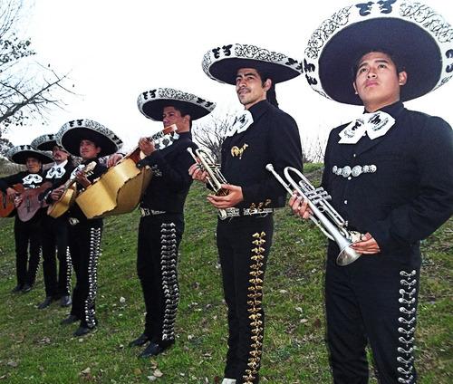 mariachis contratar show serenata mariachi zona oeste norte