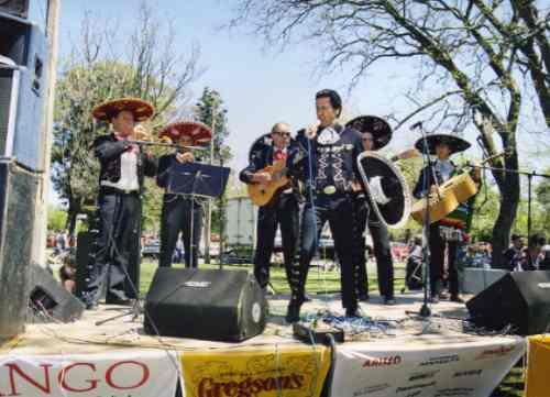 mariachis ferreira.... mariachi de verdad