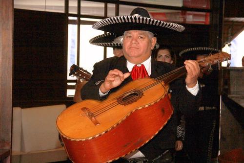 mariachis fiestas, mariachi, show