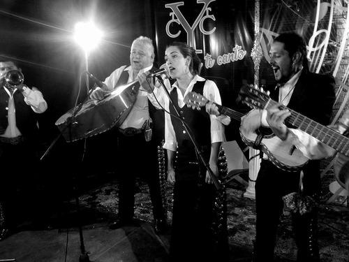 mariachis fiestas mariachi show