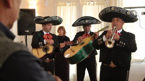 mariachis servicio. grupo de mariachis mexico