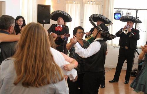 mariachis servicio. mariachis