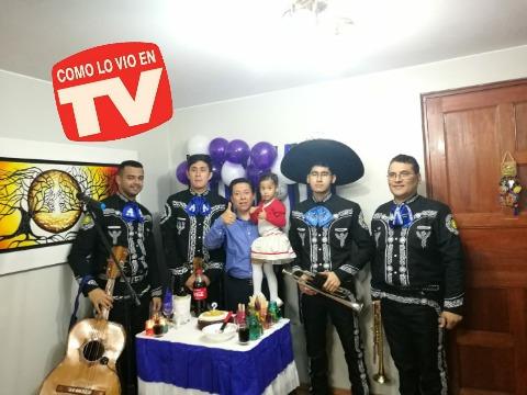 mariachis trio