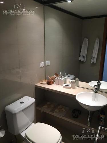 marigot brava, 3 suites, toilette, dependencia, playroom y parrillero propio, baulera, garage doble