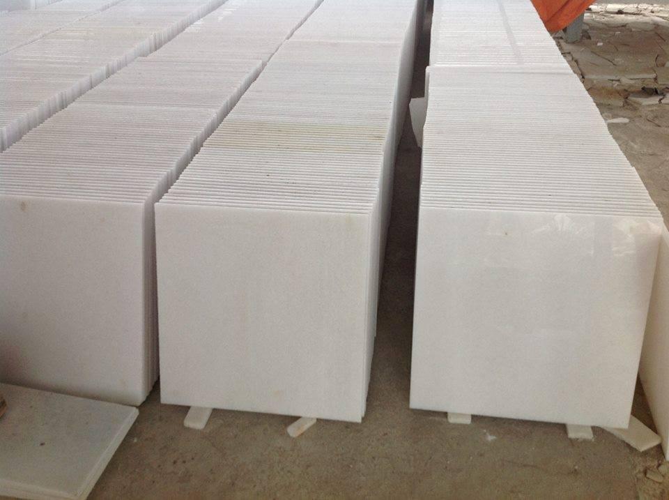 Marmol blanco 40x40 inova m2 super brilloso for Como limpiar pisos de marmol