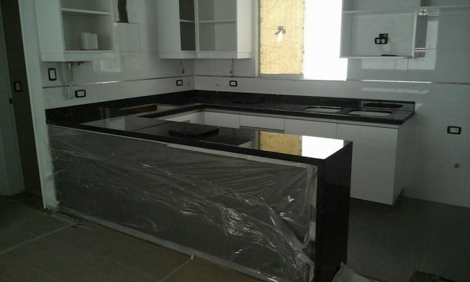 Marmol granito cuarsos tableros de cocina ba os pisos for Cocinas de granito precio