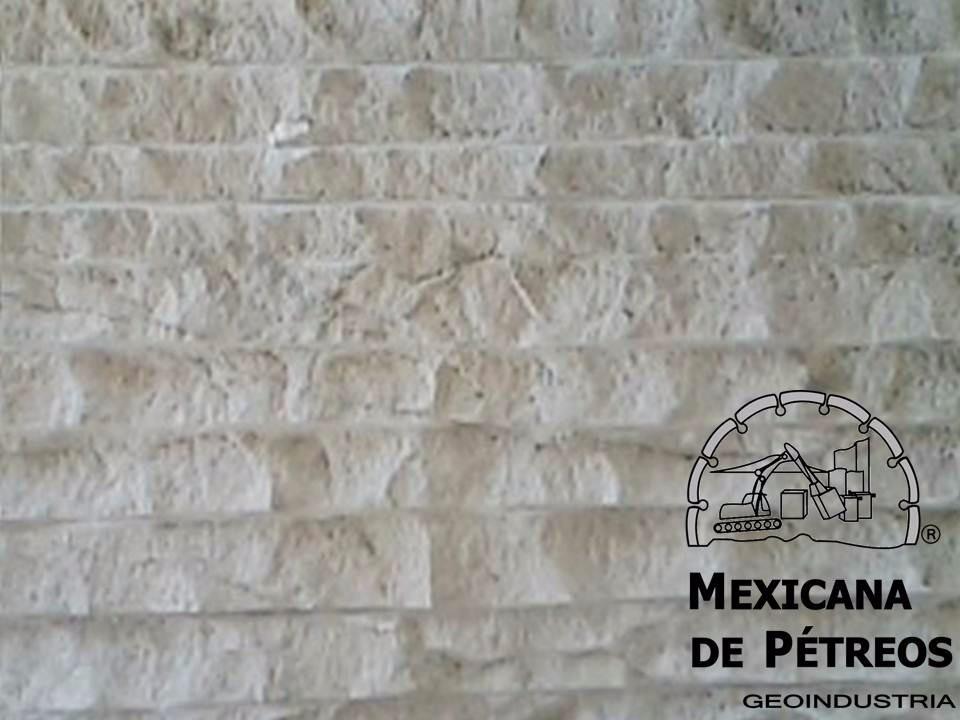 M rmol travertino cascada r stico para fachadas for Placa de marmol travertino