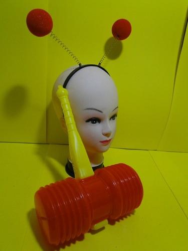 marretinha bionica chapolim do chaves e  antena  para cabeça