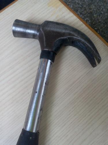 martillo carpintero, mango de goma antirrebalante stanley