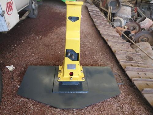 martillo hidraulico demoledor minicargador bobcat cat pica