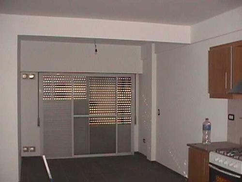 martin coronado: excelente departamento de 2 ambientes en 1er piso al frente, con balcon. el departamento se encuentra en excelente estado, bajas expensas. no se permiten animales!! f: 5924