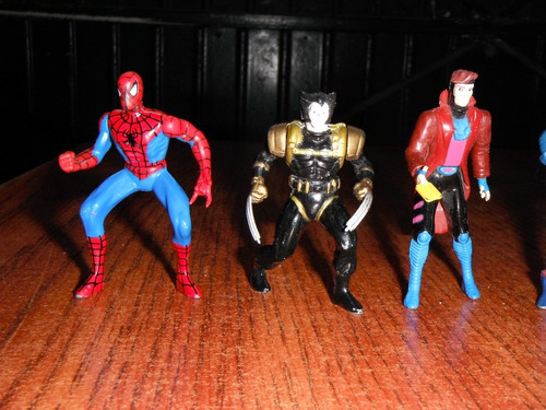 marvel 7 figuras de metal