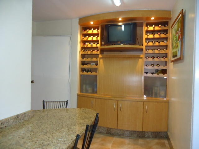 maryuri guite vende apto urb las acacias mls #20-14852