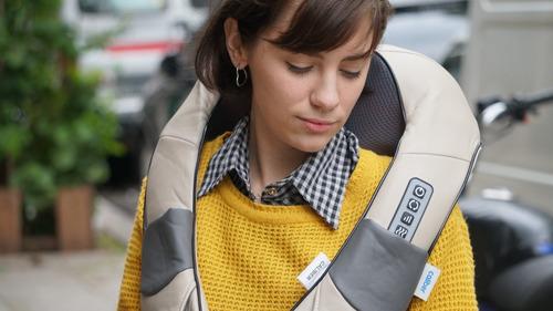 masajeador caliber bateria cervical lumbar calor 16 rodillos