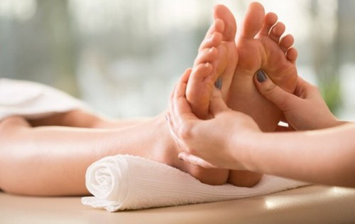 masajes descontracturantes relajantes, faciales, envolturas.