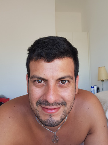 masajista masculino profesional atencion a hombres