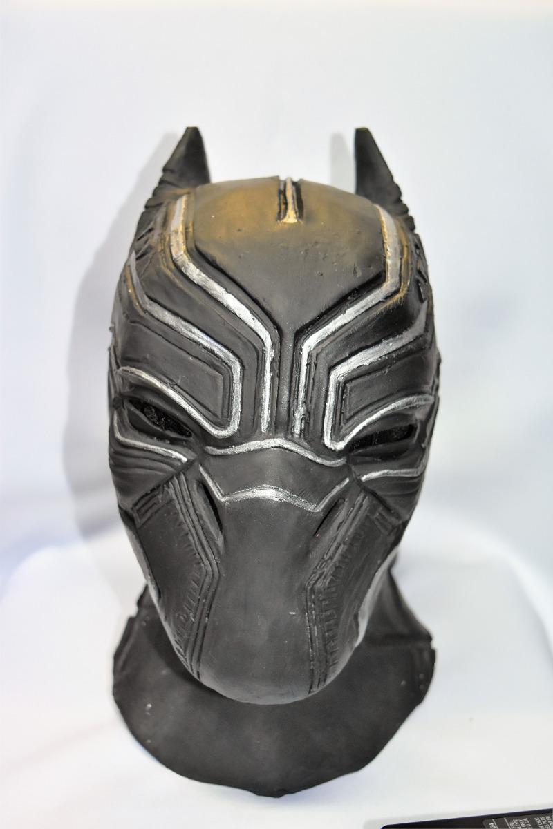 Negro la máscara para la persona de los puntos negros la composición