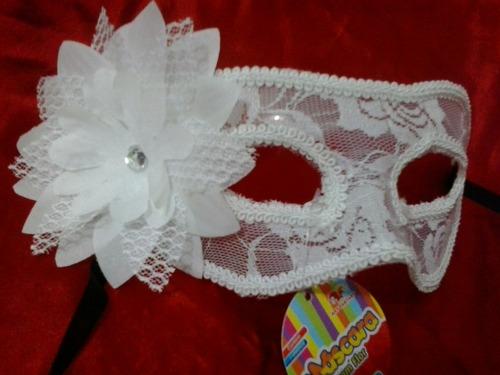 máscara de renda branca com flor  noiva festa