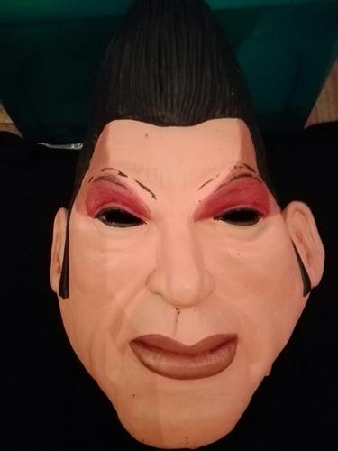 mascara de ricardo fort. un material super adaptable  !!!:-)