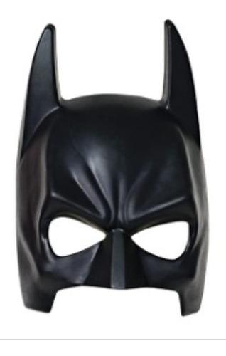 máscara en cuero de batman