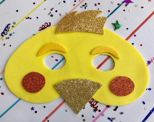 mascara en fomi foami fomy de pollito
