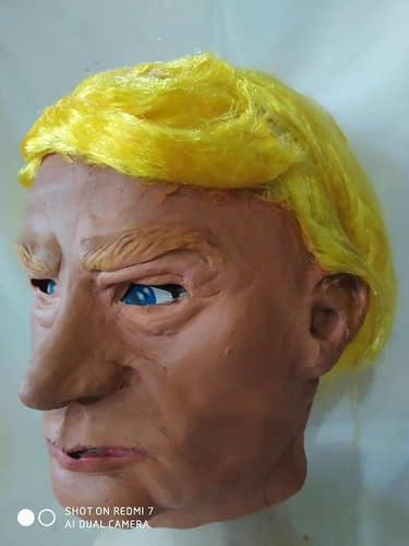 mascara en látex - donald trump.