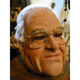 Mascara En Latex. El Papa.