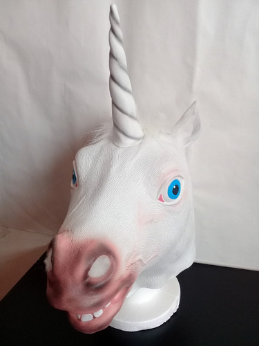 mascara latex unicornio caballo blanco disfraz halloween