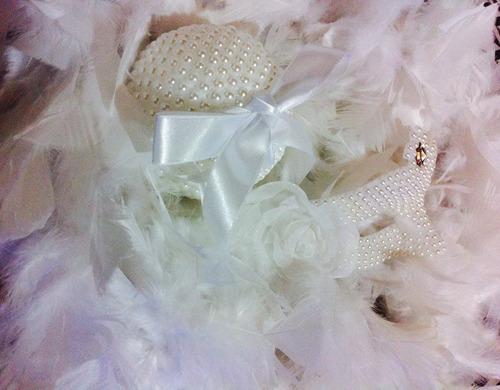 mascara noiva + plumas branca noiva casamento festa