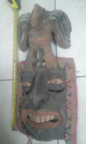 mascara tallada en madera