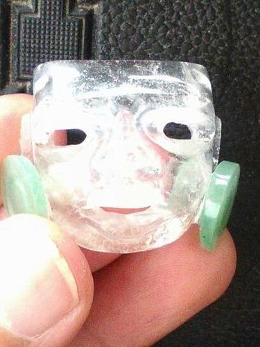 mascara teotihucana de cristal de roca