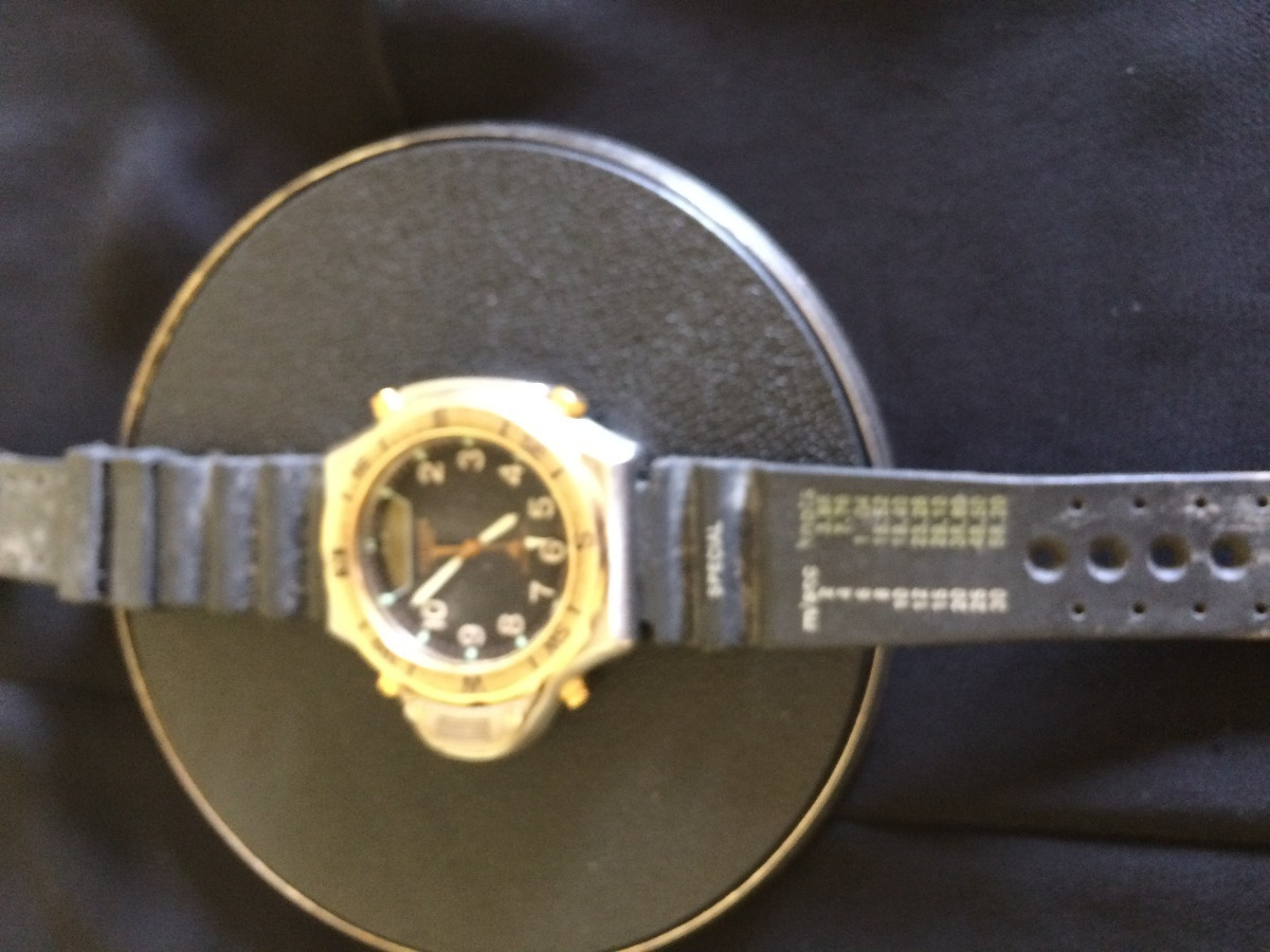 5f069a01a47 Carregando zoom... antigo relógio de pulso masculino citizen watch co