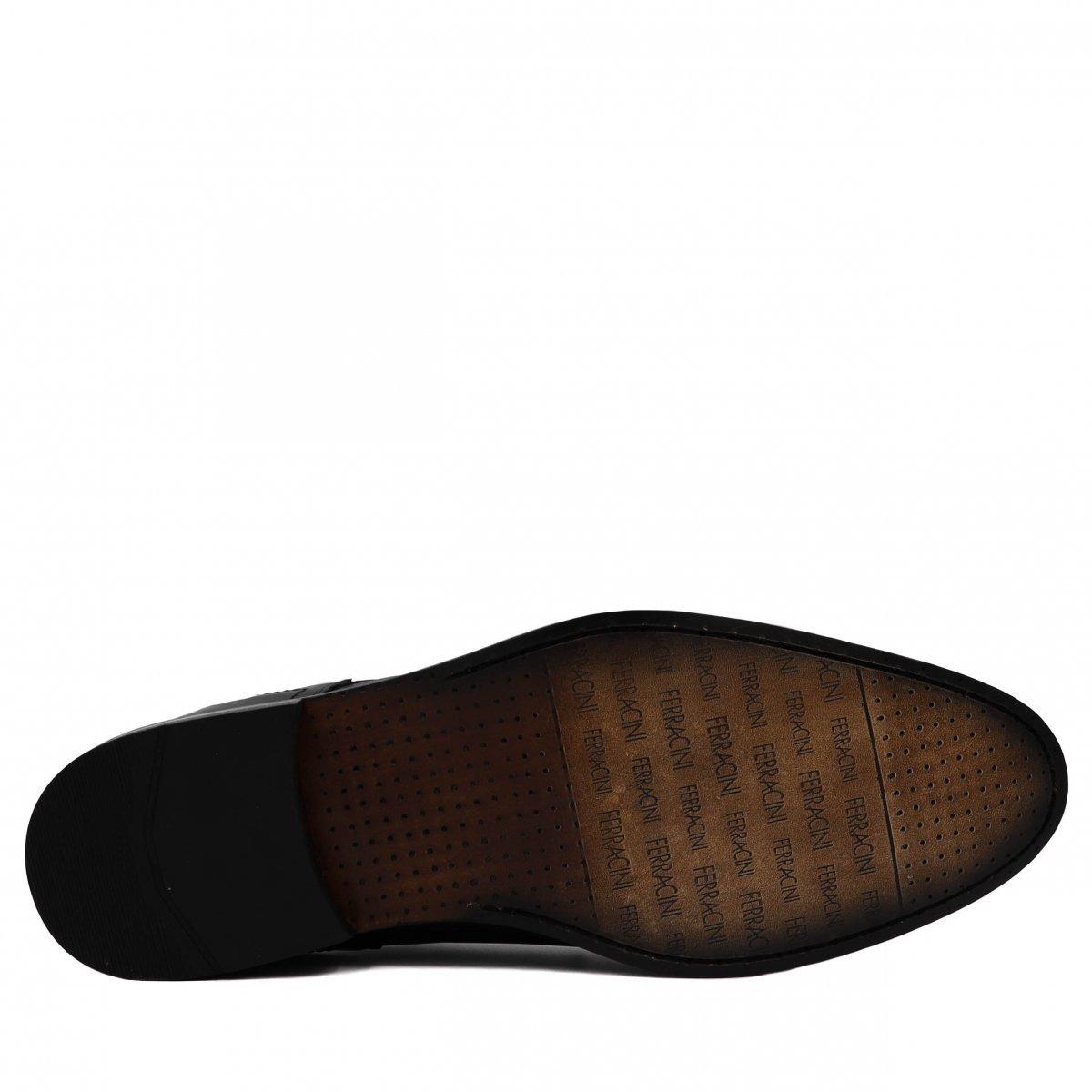 a4b3c2d0d3 Sapato Masculino Ferracini Social Classic Em Couro 3340f - R  499
