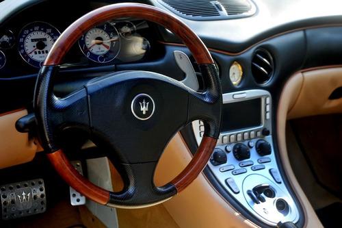 maserati coupé 4.2 cambiocorsa v8 gasolina 2p l