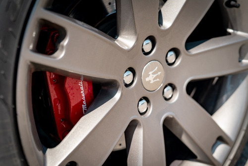maserati quattroporte sport gts v8 4.7 470hp