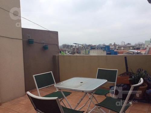 mataderos - ph 3 amb al frente con balcón y terraza - sin expensas-