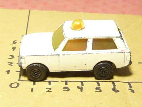 matchbox 1976: range rover police car