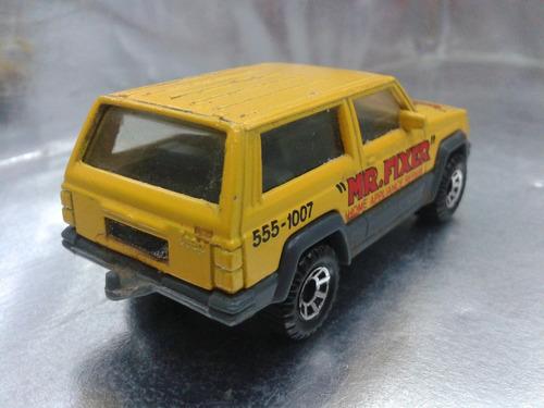 matchbox - jeep cherokee de 1986 m.i. macau