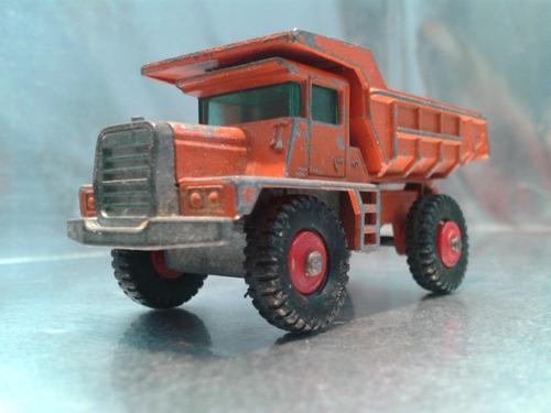 matchbox lesney - mack dump truck volteo de 1968   england