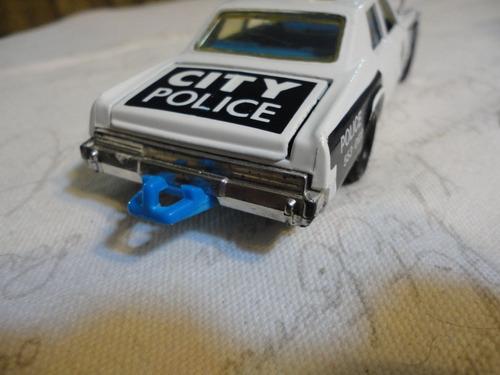 matchbox super kings plymout gran furi police 1979. vintage