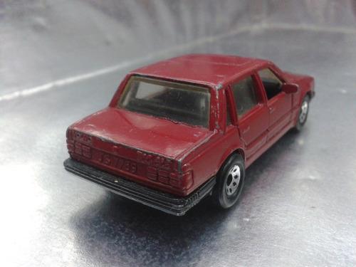 matchbox - volvo 760 de 1985