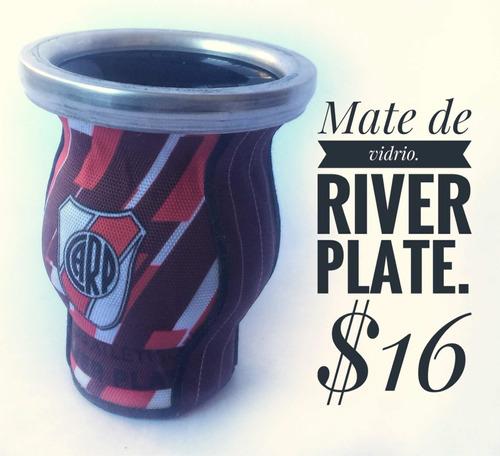 mate argentino de vidrio de river plate.