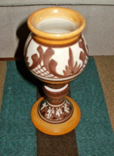 mate cáliz de cerámica artesanal al estilo talavera.