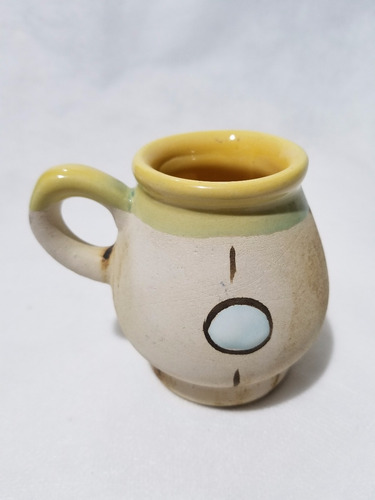 mate de cerámica artesanal