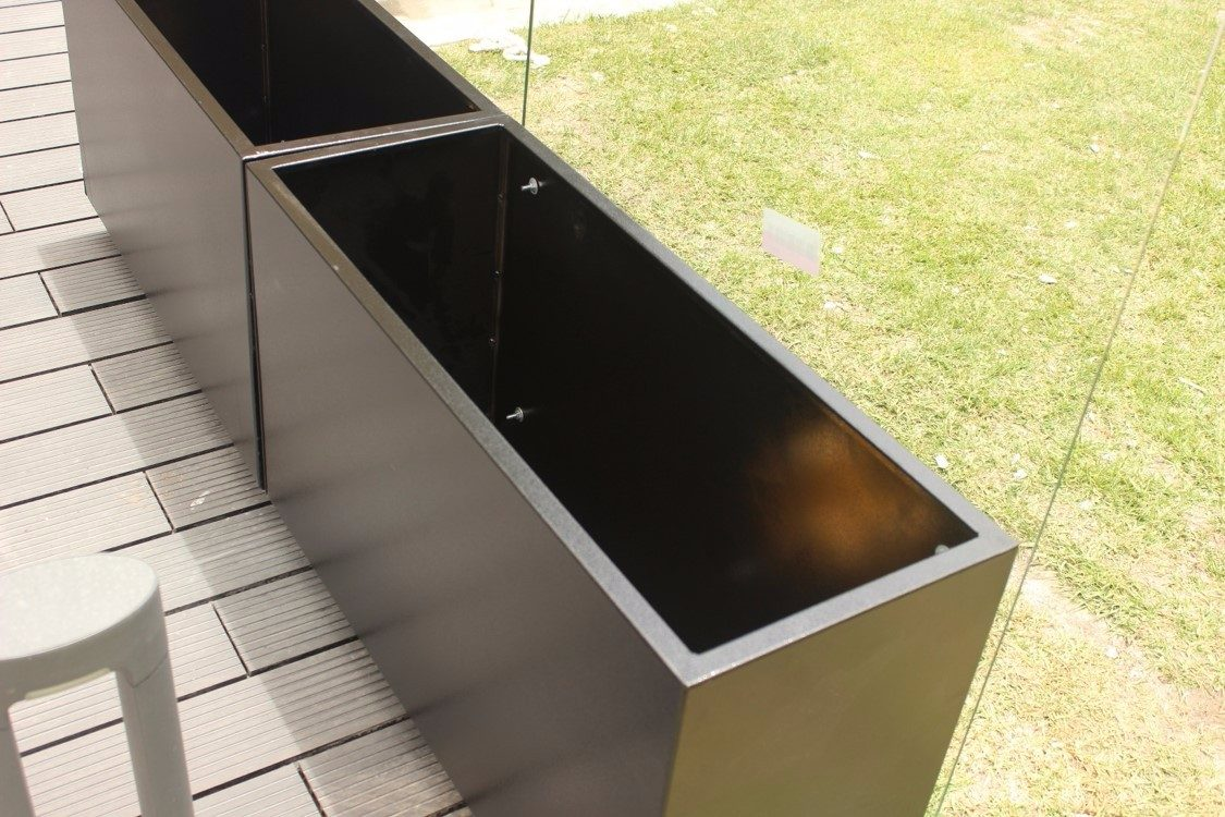 Materas macetas metalicas para terrazas y cerramientos - Cortavientos de jardin ...