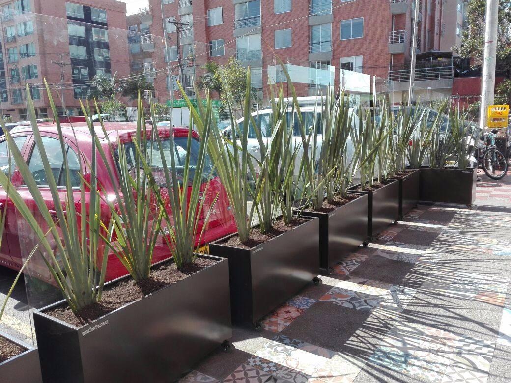 Materas Macetas Metalicas Para Terrazas Y Cerramientos - $ 320.000 ...