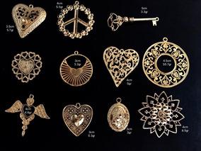 56e538e8b451 Bisuteria Dijes Chapa De Oro Caritas Niñas - Joyas y Relojes en ...