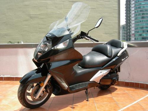 maxi-motoneta honda silver wing 600 año 2005
